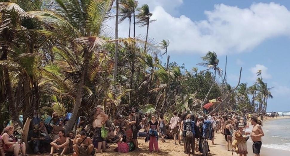 En el Festival Tribal en Panamá, los visitantes se vieron obligados a poner en cuarentena durante un período prolongado de tiempo convirtiendo un festival en una experiencia traumática. Foto por tribalgatheringpanama a través de Instagram.